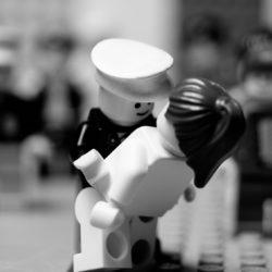 2321734570_c24bb1ae37_b-250x250 Lego photography passando per Stimpson, Whyte e Vesa Lehtimäki