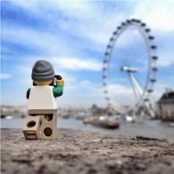 Schermata-2015-11-15-a-16.07.46-250x250 Lego photography passando per Stimpson, Whyte e Vesa Lehtimäki