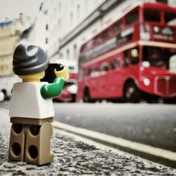 Schermata-2015-11-15-a-16.08.04-250x250 Lego photography passando per Stimpson, Whyte e Vesa Lehtimäki
