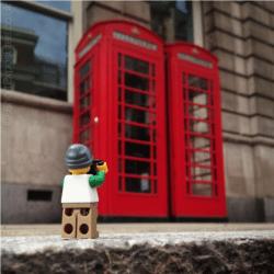 Schermata-2015-11-15-a-16.08.13-250x250 Lego photography passando per Stimpson, Whyte e Vesa Lehtimäki