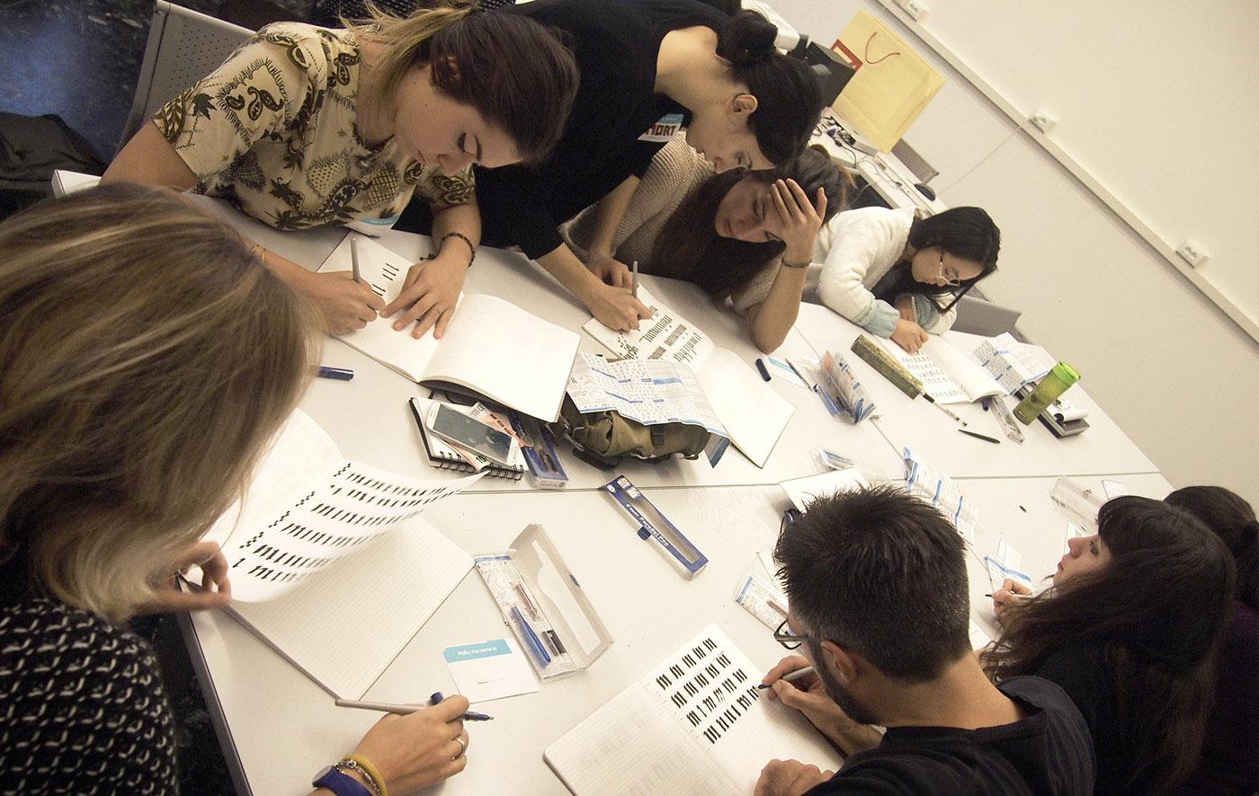 13-Workshop-di-calligrafia Disegnare caratteri tipografici a Firenze: un corso di tipografia e calligrafia targato IED